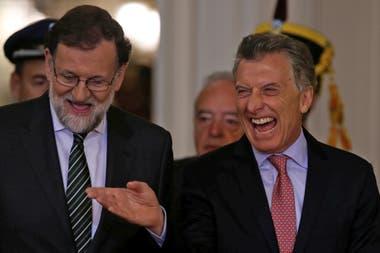 Mauricio Macri junto a su par español, Mariano Rajoy