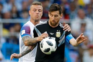 Lionel Messi-Ragnar Sigurdsson
