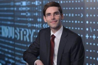 Tomás Palacios trabaja en el Departamento de Ingeniería Eléctrica e Informática del MIT