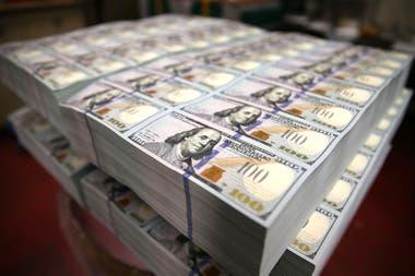 """""""Es posible que el dólar caiga este año, pero una narrativa demasiado negativa no se justifica"""", dice Mark Sobel."""
