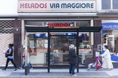 El frente de la heladería, en Callao y Córdoba