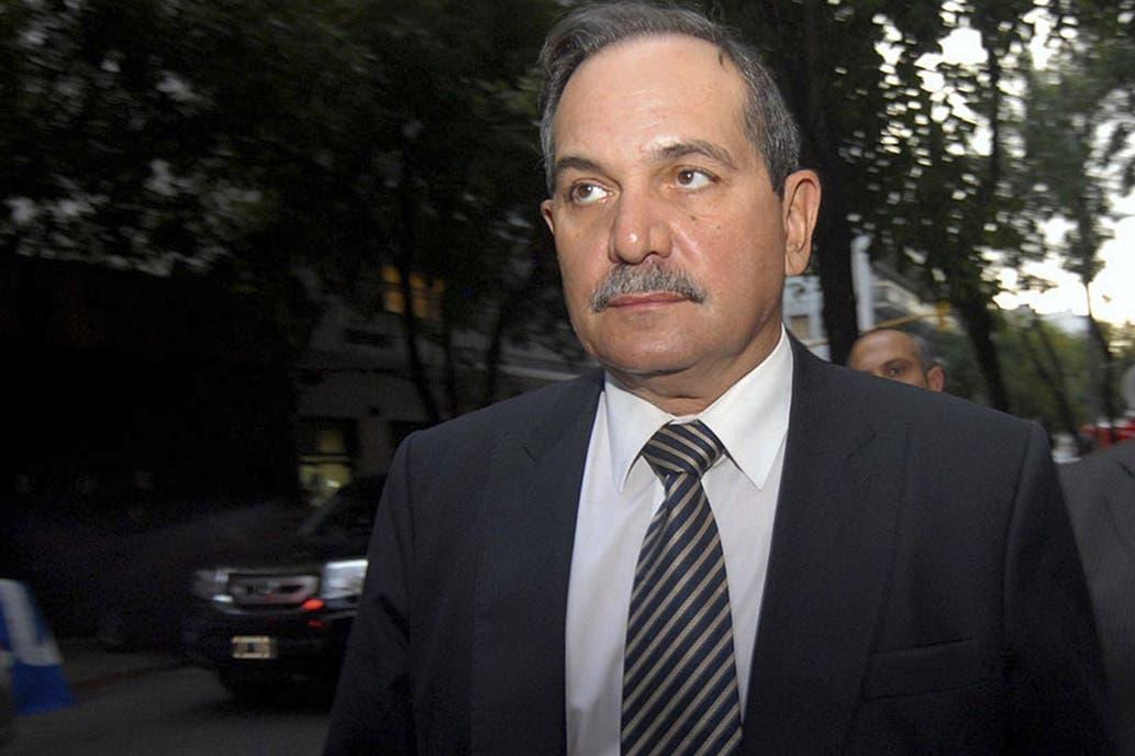 José Alperovich quiere que se lo juzgue en Tucumán y la justicia no unificó las denuncias
