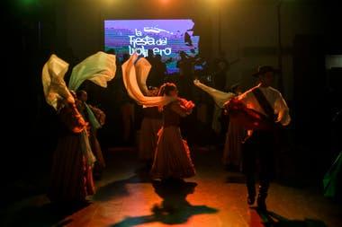 La Fiesta del Violinero, la peña del santiagueño Néstor Garnica
