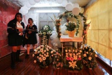 En el barrio donde vivía Fátima sus vecinos prepararon el funeral