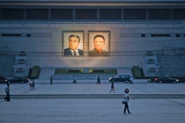 Pese a ser vecino de China, país en donde se originó en brote, en Corea del Norte insisten en que no se detectaron enfermos. Sin embargo, varios especialistas dudan de los informes del régimen de Kim Jong-un