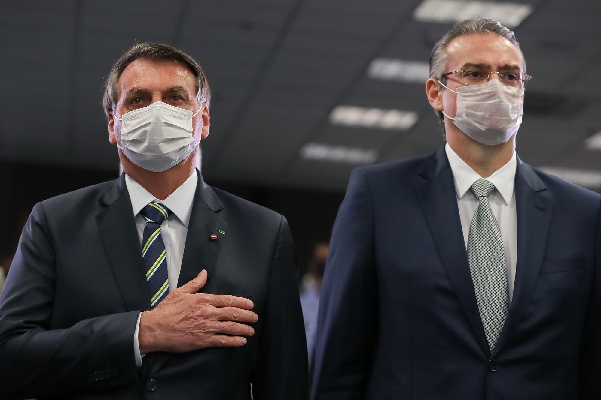 Coronavirus. Bolsonaro borra el mayor legado de Lula: le cambia el nombre y reformula el plan Bolsa Familia