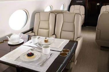 El interior del jet privado de Leo Messi. Crédito: Twitter
