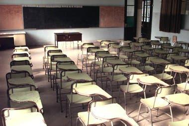 Los gremios docentes se resisten a volver a las aulas