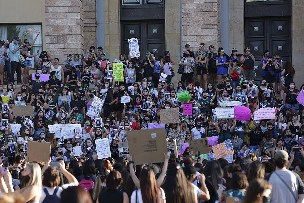 Movilización en Mendoza por el femicidio de Florencia Romano