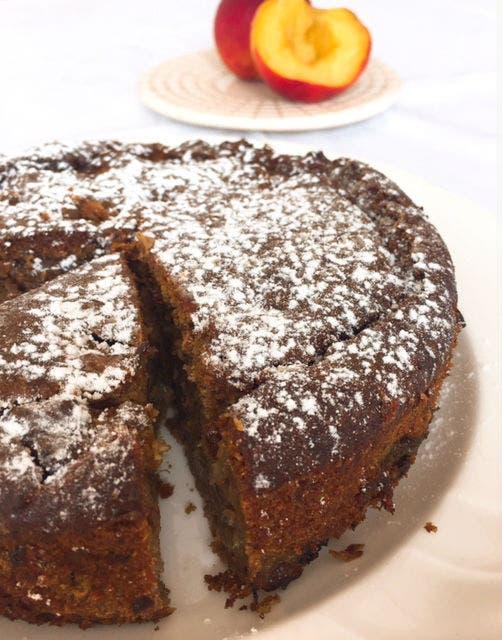 Receta de Torta de ricota, duraznos y almendras