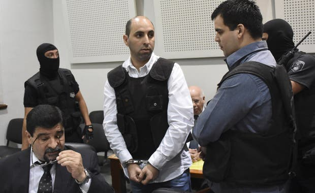 A la mañana: Luis Bassi, ayer, durante el juicio por el asesinato del líder de Los Monos