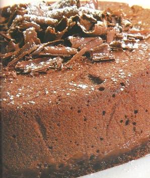 Torta mousse de chocolate y dulce de leche