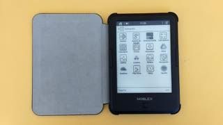 217d84546 Cómo es el lector de libros electrónicos Noblex e-Reader - LA NACION