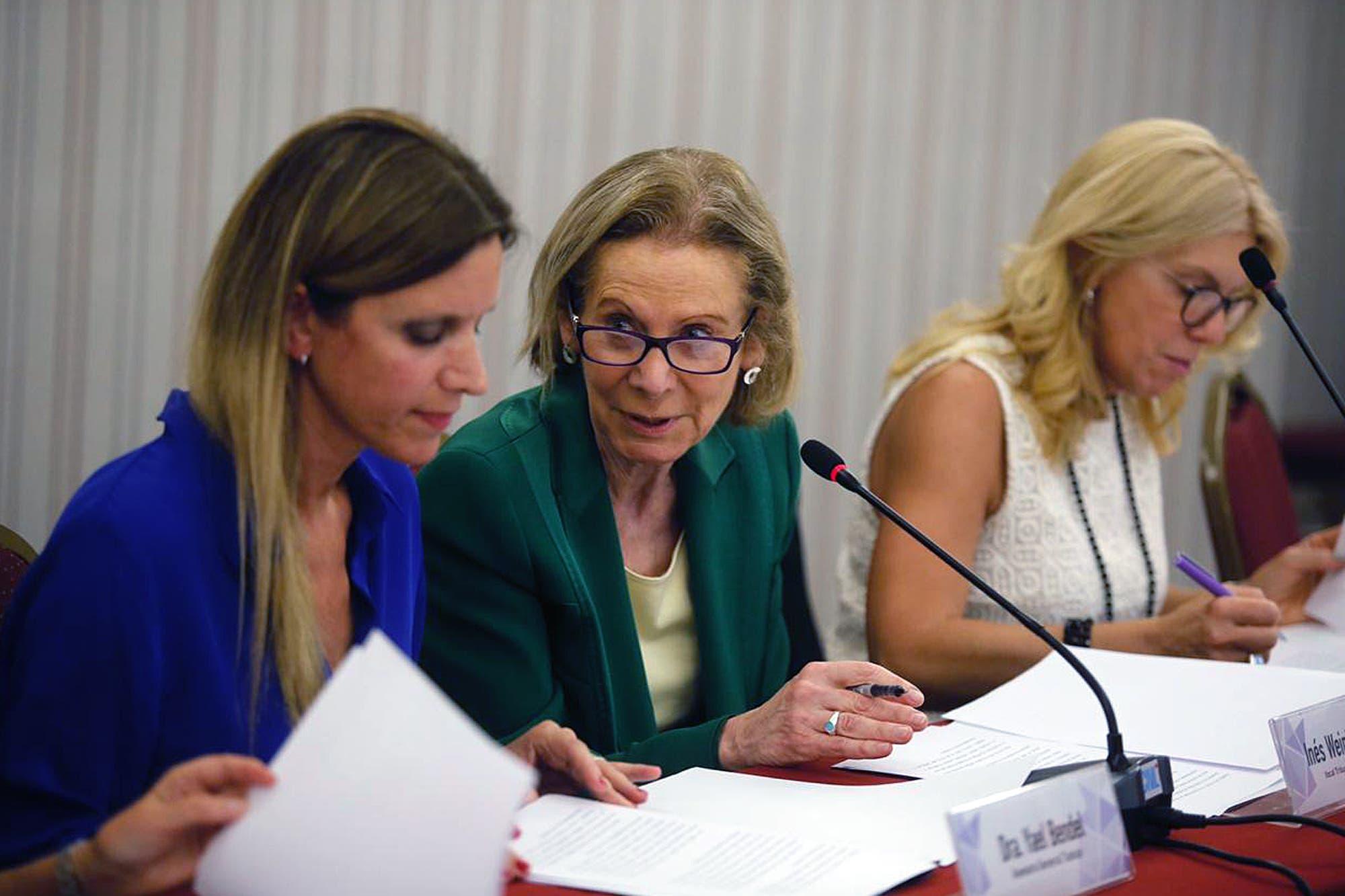 Compromiso de juezas y fiscales por las denuncias de violencia contra la mujer