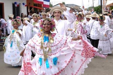 Alegría y clima festivo en el interior de Panamá