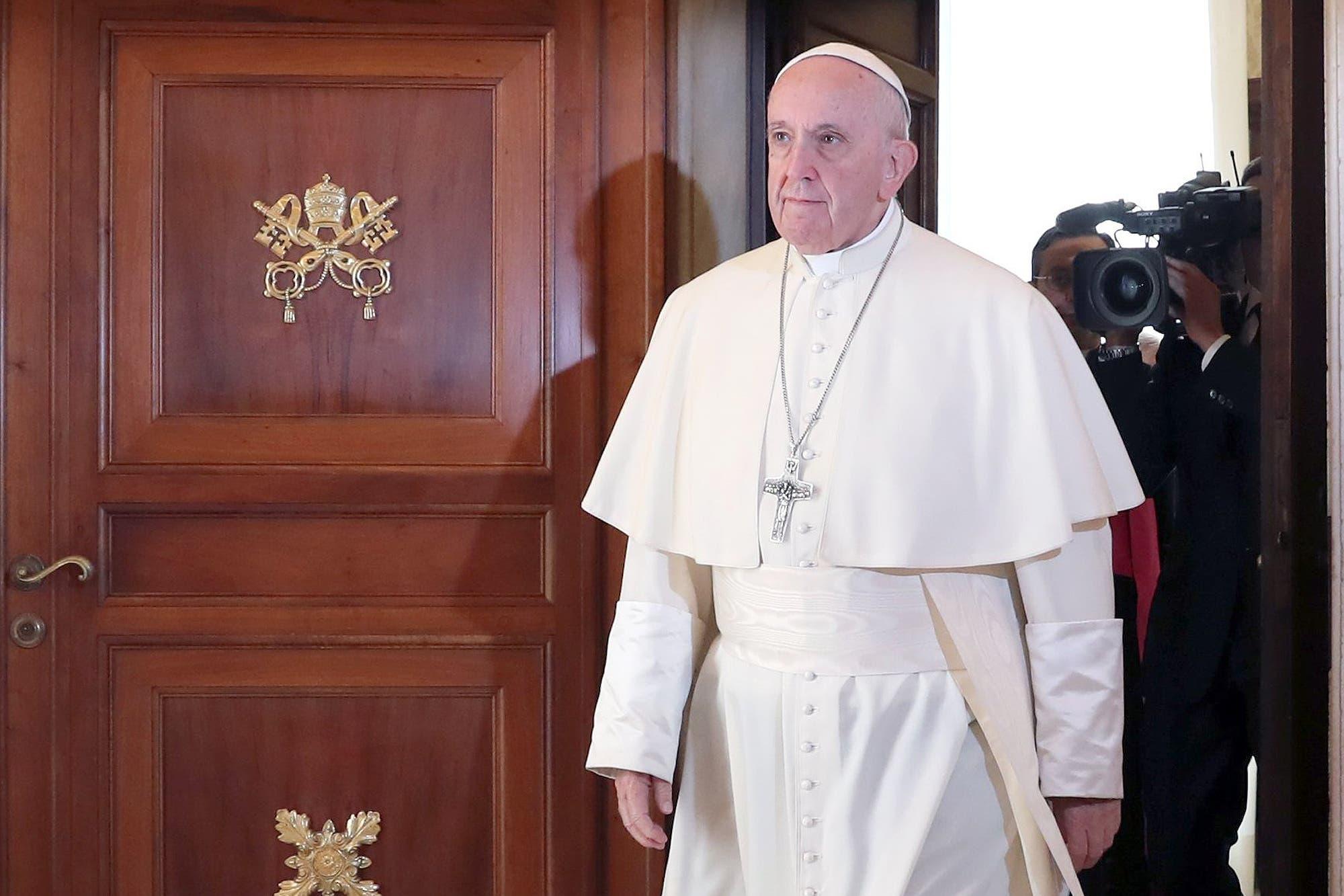 El Vaticano arrestó a un broker involucrado en un escándalo inmobiliario