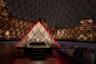 Abajo dela pirámide armarán una miniatura