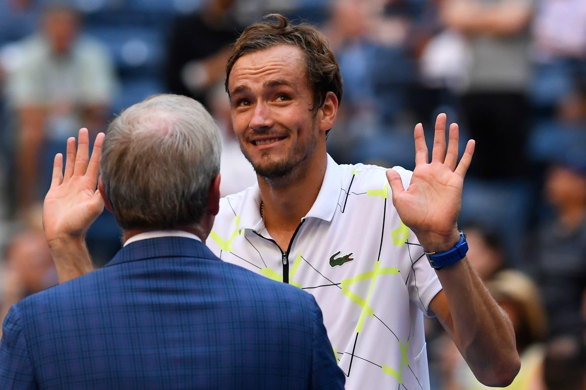 """""""Perdón y gracias"""": las disculpas de Medvedev con el público del US Open tras llegar a las semifinales"""