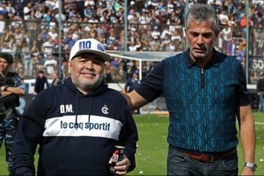 """Pelegrino: """"Me encontré con una figura gigante que no perdió la humildad. Diego es un gigante que se siente uno más"""""""