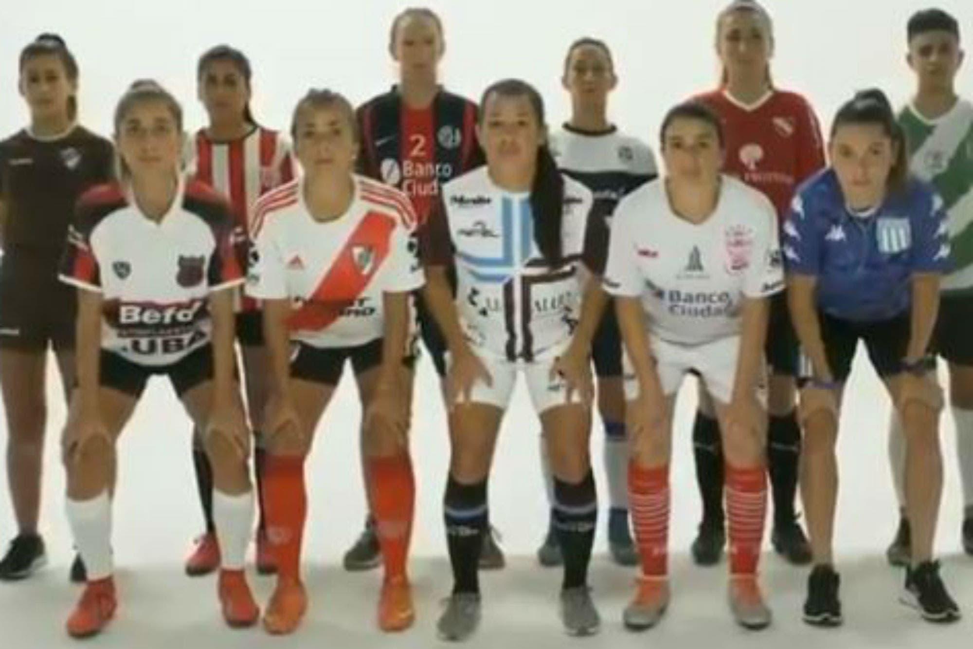Las futbolistas dan un conmovedor testimonio en el día de la Eliminación de la Violencia de Género