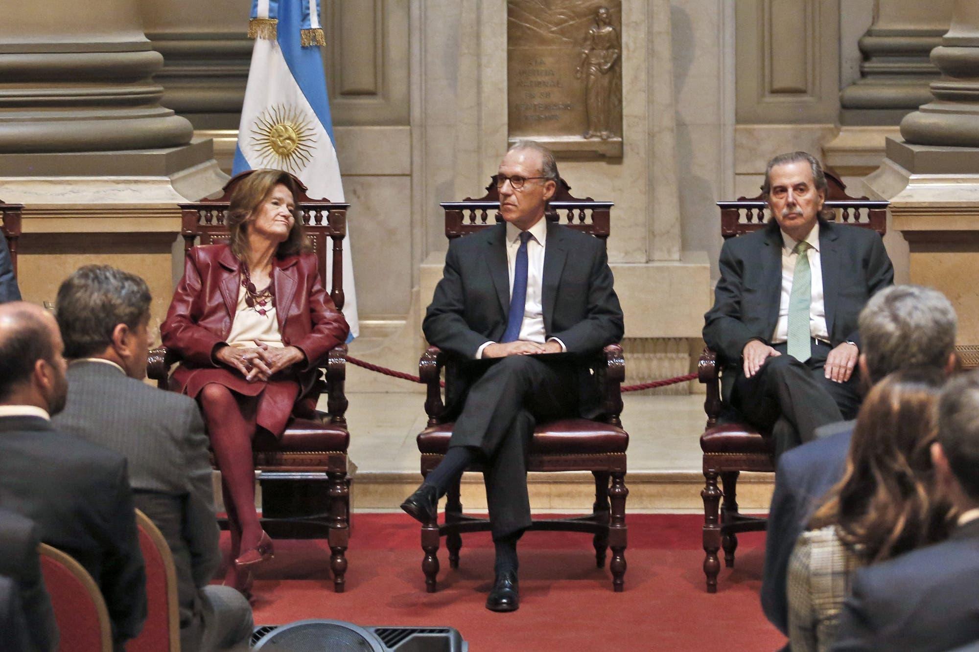 Jueces trasladados: la escalada del caso que agudizó las internas en la Corte Suprema y puso en alerta al Gobierno