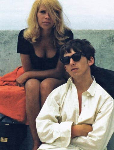 Astrid Kirchherr y George Harrison durante su juventud