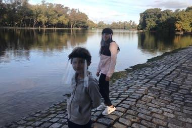 Vigil afirma que paseará con Jazmín, de nueve, y Joaquín, de cinco, todas las veces que esté permitido