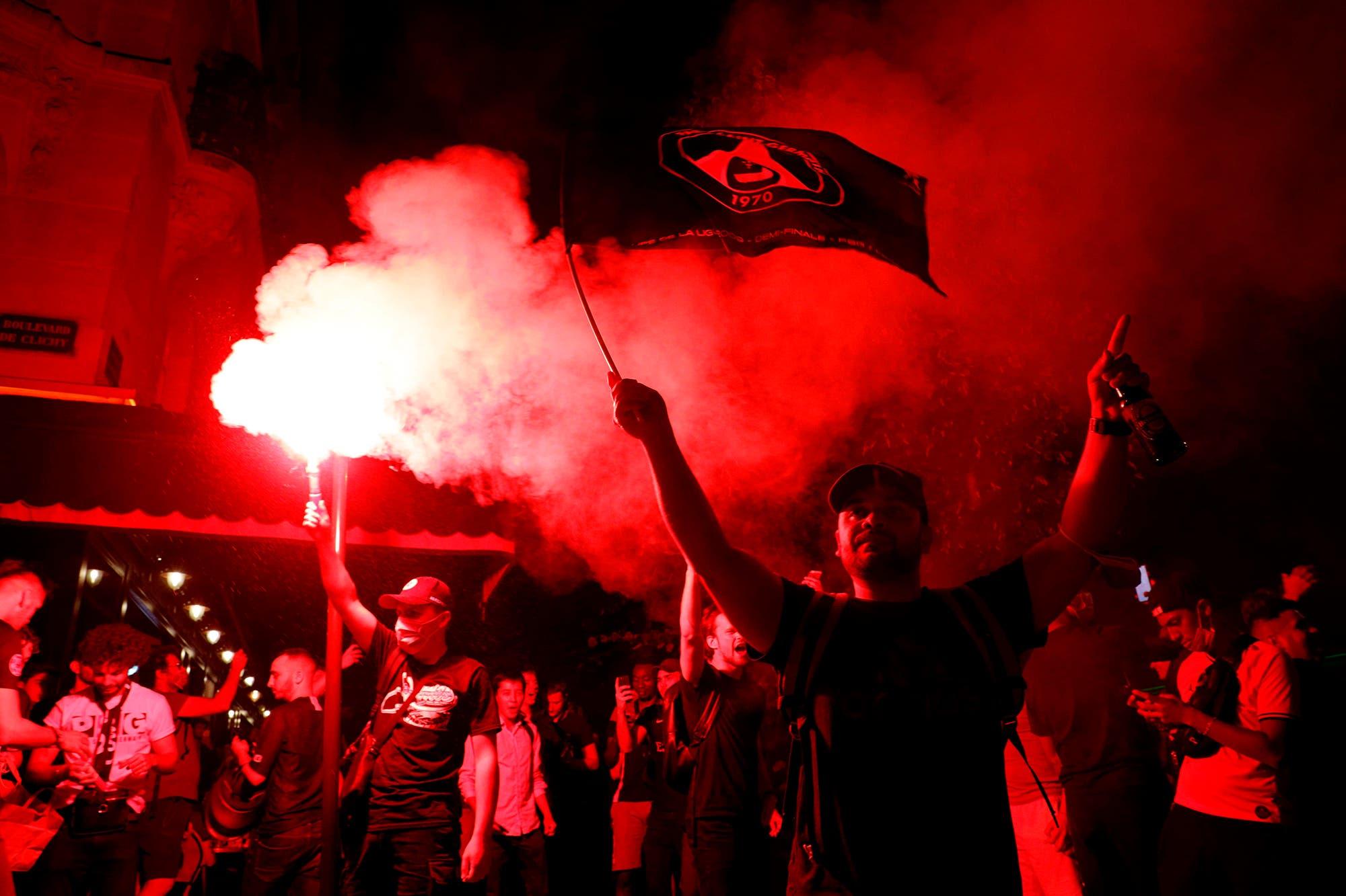 Champions League. Los festejos de PSG en el vestuario y la locura de los hinchas en París