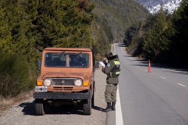 Control de Gendarmería en la ruta 40, en el sur