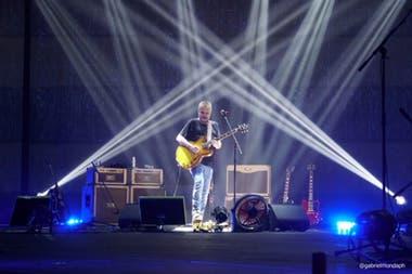 Tras ganar el Gardel de Oro, David Lebón brindó un show por streaming donde anunció que pronto lanzará otro disco