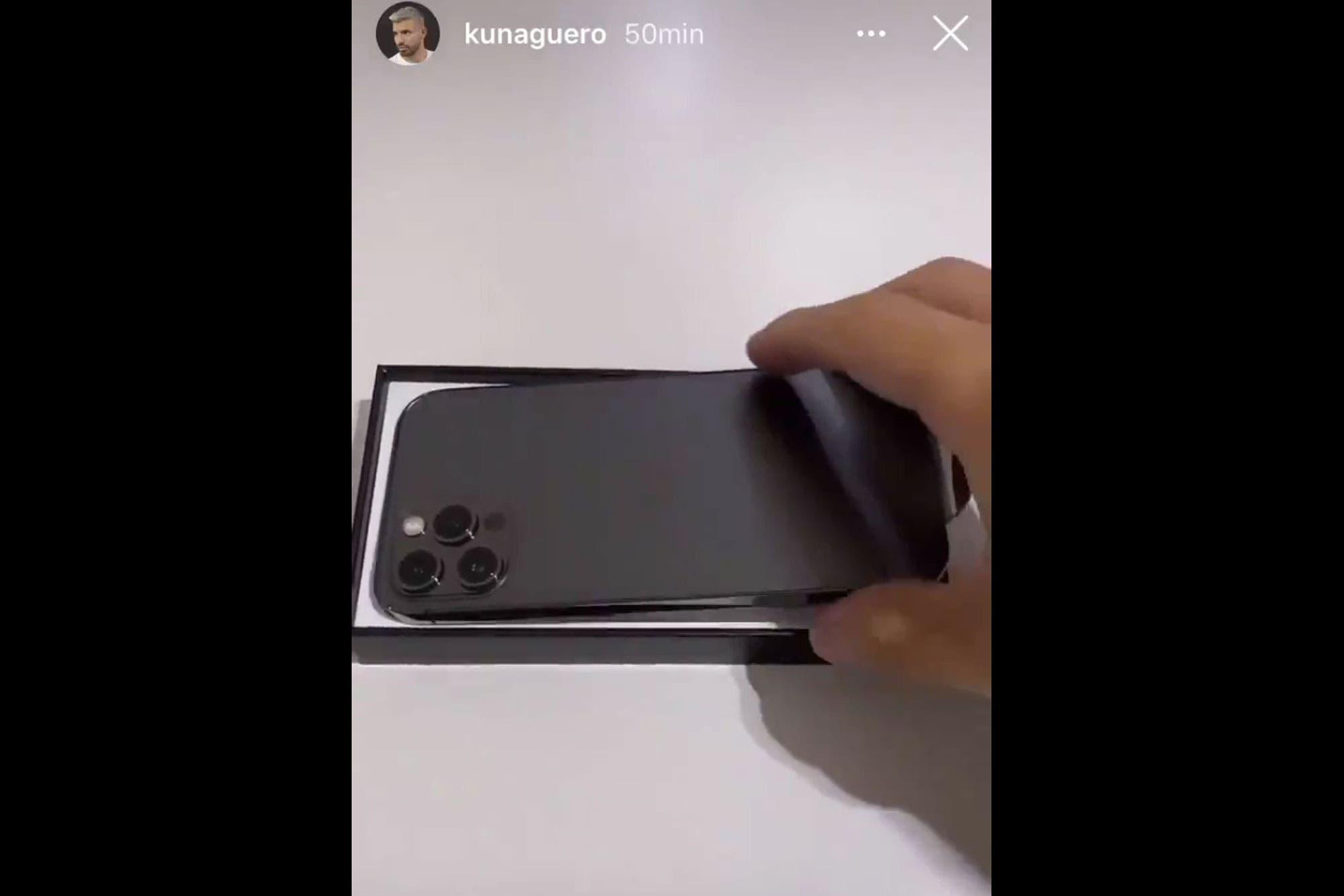 iPhone 12: el jocoso comentario del Kun Agüero tras recibir el nuevo teléfono de Apple