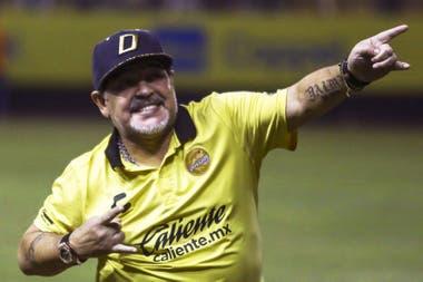 ¿Volverá a dirigir Diego en la Argentina?