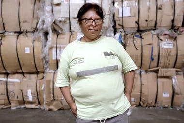 """""""Este trabajo es nuestra vida. La cooperativa me cambió todo"""", dice Hilda Díaz. Hoy tiene una casa de material, sus hijos estudian y trabajan."""