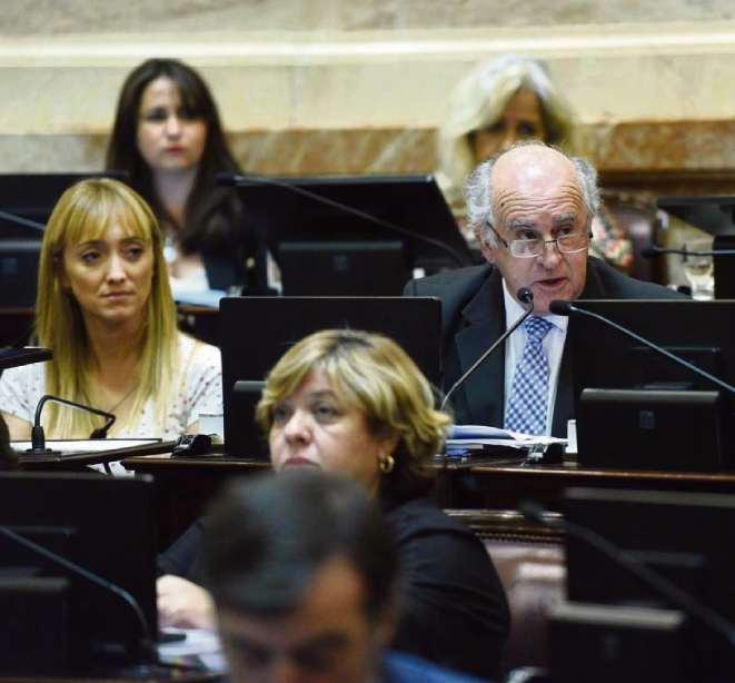 El oficialismo pide investigar el endeudamiento macrista pero rechazó indagar la deuda kirchnerista