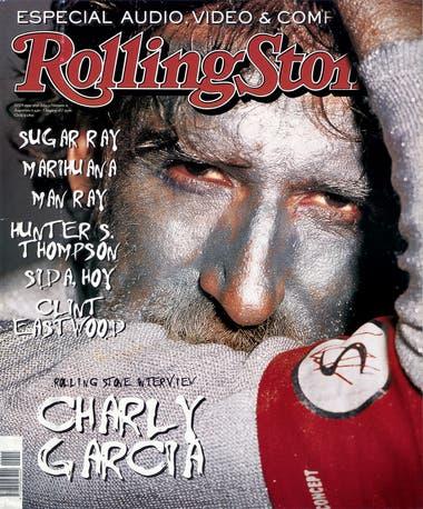 Cherniavsky trabajó con García en distintas producciones a lo largo de varias décadas, desde la tapa del disco Peperina, de Serú Girán (en ese caso, no como fotógrafa) hasta este retrato ya clásico para la tapa del número 15 de Rolling Stone, en junio de 1999.
