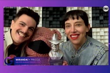 Los Miranda!, Ale Sergi y Juliana Gattas, con su premio