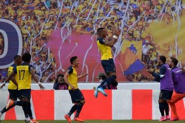 De la derrota en La Bombonera Ecuador se recuperó con un 4-2 a Uruguay; fue el primer triunfo de Gustavo Alfaro como entrenador del seleccionado tricolor.