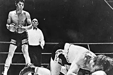 Pasaron 50 años: el piñazo de KO a Nino Benvenuti y la gloria de Carlos Monzón