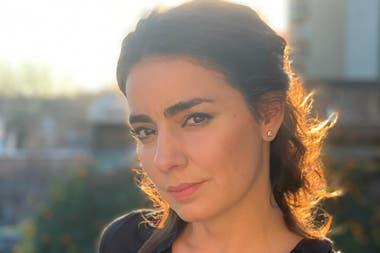 """""""Yo necesité experimentar y hacer mi recorrido, sin que esto suponga que el libro funciona como un diario íntimo"""", asegura Valeria Sampedro"""