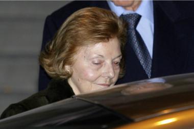 Una imagen dura: cuando fue detenida en España por el pedido de extradición vinculado a los crímenes de la Triple A, en 2007