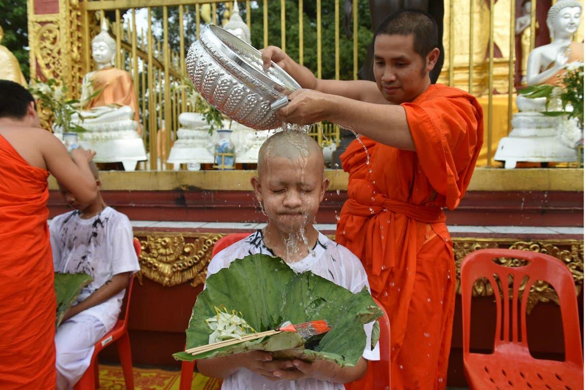 Los chicos participaron de un rito budista