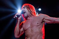 De David Bowie a Underworld, cinco colaboraciones exquisitas de Iggy Pop