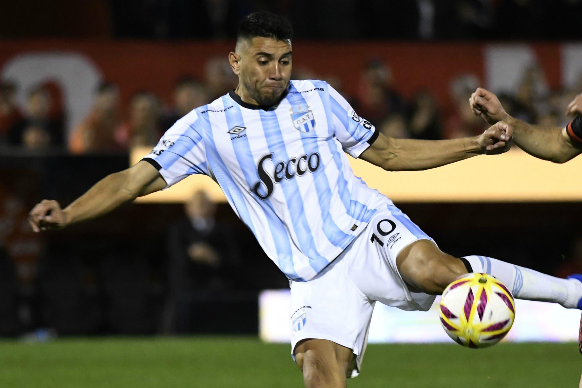 Belgrano-Atlético Tucumán, Superliga: el Decano gana y se acerca al líder Racing