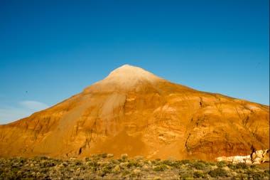 El bello cerro de colores