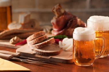 Según concluyeron un grupo de investigadores, tomar uno o dos tragos cada día de cualquier bebida alcohólica (vino, cerveza o espirituosa) incrementa entre el 10 y el 15% el riesgo de accidente cerebrovascular o ACV