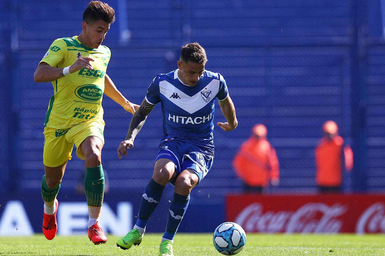 Vélez chocó con un Unsain impasable y Defensa se llevó un premio demasiado grande