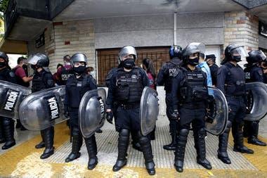 La policía rodeó la zona de la cárcel de Devoto