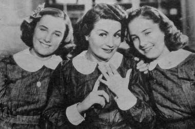 """Mirtha Legrand, Niní Marshall y Silvia Legrand durante el rodaje de """"Hay que educar a Niní"""""""