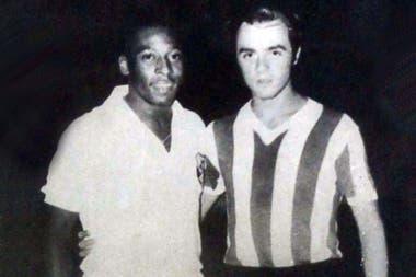 Daniel Romeo tiene su foto con Edson Arantes do Nascimento, en diciembre de 1969; el brasileño estaba a medio año de coronarse en México 1970 tricampeón mundial.