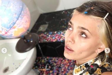 Natalie mostró su cambio de look casero en redes sociales